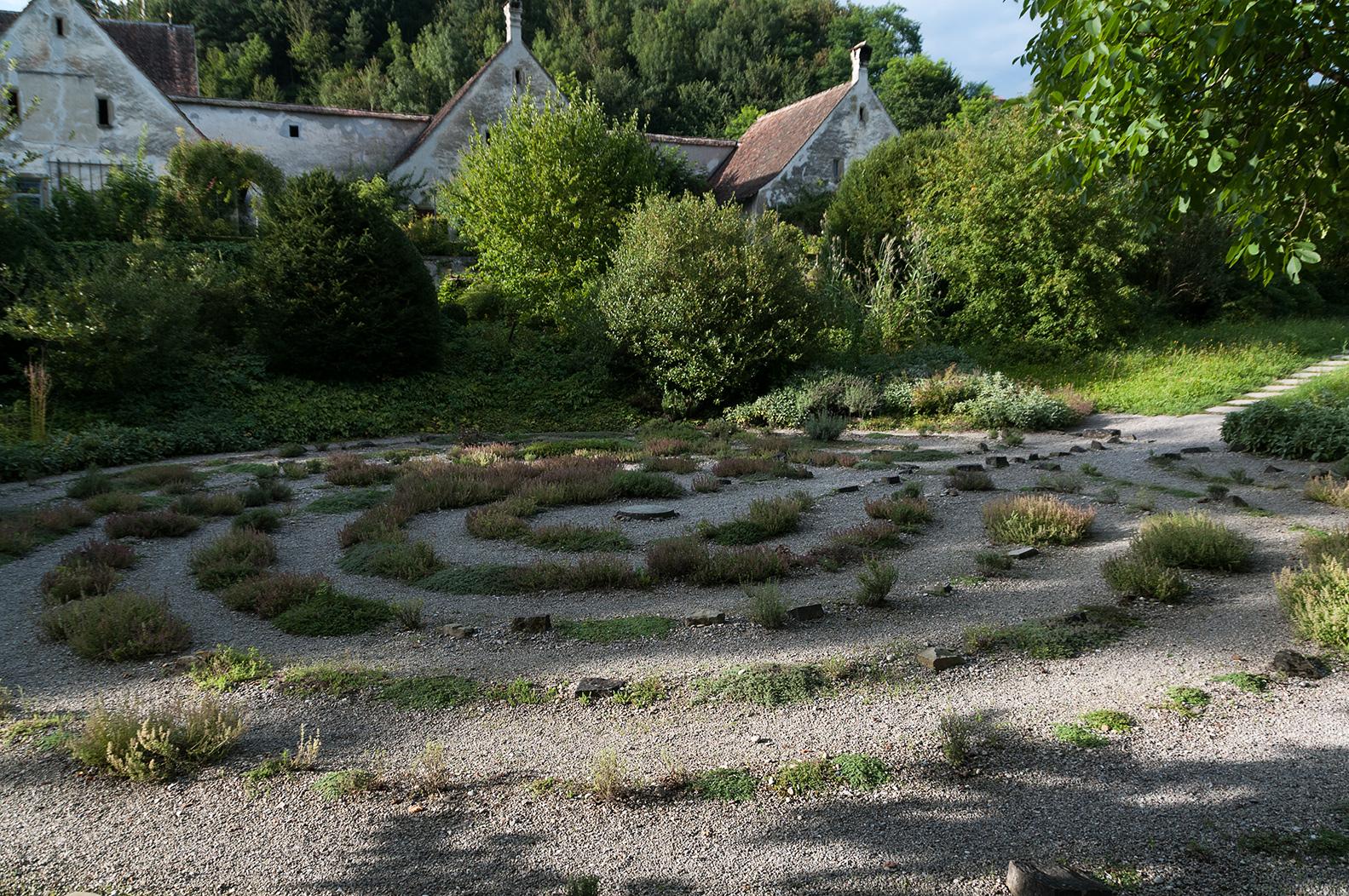 Der Weg ist immer richtig Reinkarnationstherapie © Seelen-Reise.ch